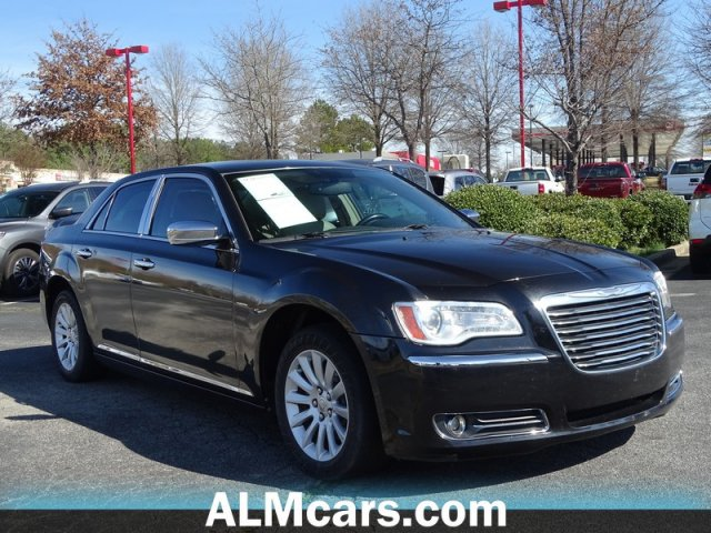Pre-Owned 2011 Chrysler 300 Limited