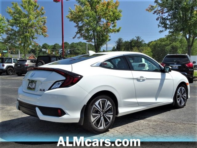 Pre-Owned 2017 Honda Civic Coupe EX-L