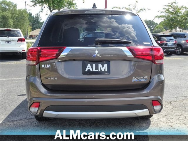 Pre-Owned 2018 Mitsubishi Outlander PHEV SEL